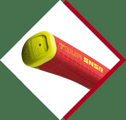 close up of tip of golf pride tour snsr putter grip